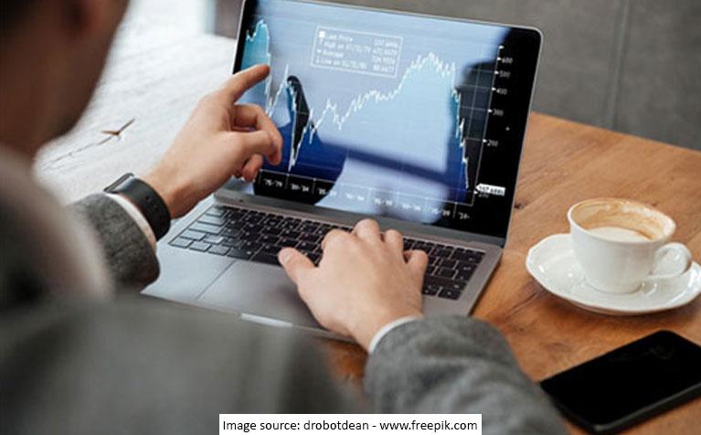 Does it Make Sense to Start SIP at a Market High?